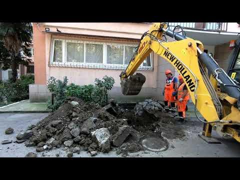 Водоканал устраняет неисправность канализации в Хосте