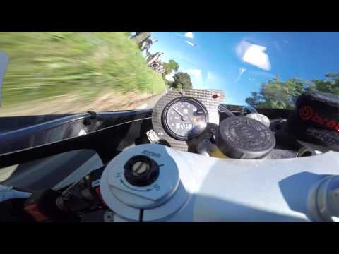 Michael Dunlop - Superbike Race - Classic TT 2016 On Bike