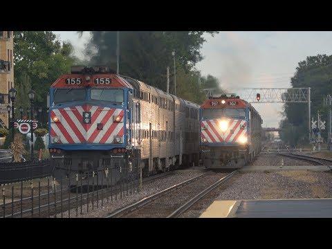 [4K] Metra Evening Rush Hour At Palatine, IL 9/29/17