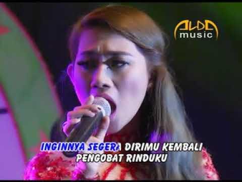 Endah DA2 - Terlalu Rindu (Official Music Video)