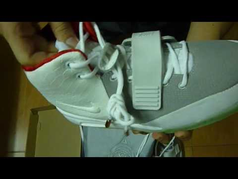Nike Air Yeezy 2 with ball bag glow in the dark