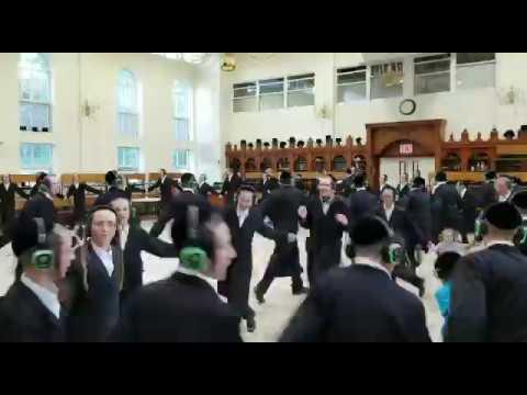 Belz Yeshiva in Silent Disco (Dance) Saratoga Springs, NY
