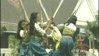Khmer folk dancc  Robam Senploy khaet Pourthisath