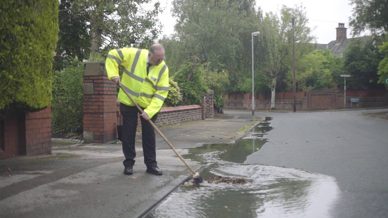 How To Clear A Blocked Road Drain Youtube