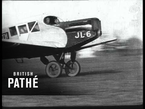 Amundsen Flight To North Pole Aka Ready For Flight To North Pole - Longer Version (1922)