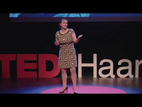 Archaeologists prefer not to brush our teeth | Kirsten Ziesemer | TEDxHaarlem