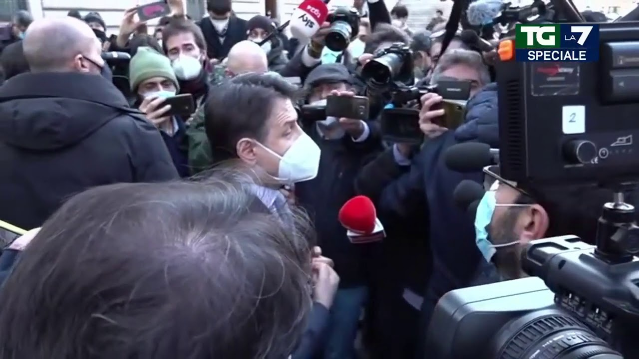 """Crisi di governo, Giuseppe Conte: """"Il governo può andare avanti solo col  sostegno della coalizione"""" - YouTube"""