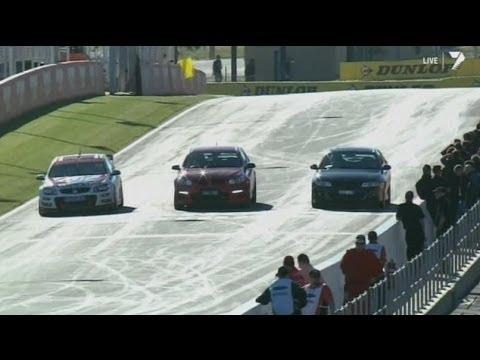 2013 Bathurst 1000 - Speed Comparison Between HSV GEN-F GTS - HSV VX GTS 300 - HRT V8 Supercar