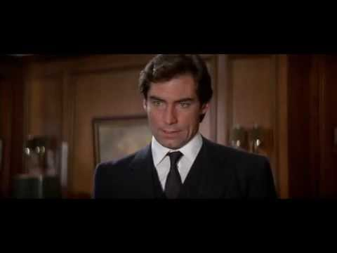 The Living Daylights (1987) - Safe house and Q lab