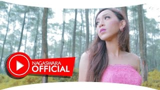 Tika Kristianti - Wanita Wanita (Official Music Video NAGASWARA) #musik