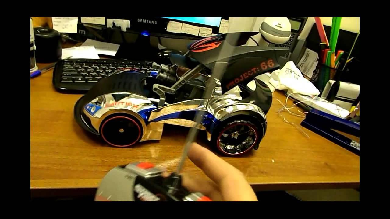 Роботы на пульте управления своими руками