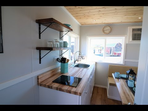 Tiny House Listings - First Floor Bedroom Everest