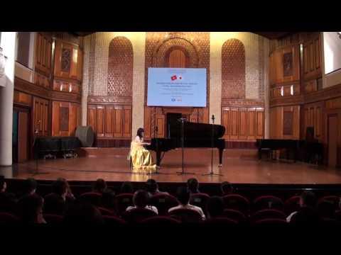 Ayuko Higuchi - Japanese folk song: AsaRiver`sRunning