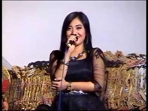 Limbuk Cangik Bintang Tamu Artis Dangduth Top  Deviana Safara Ki Dalang Mito Dharsono