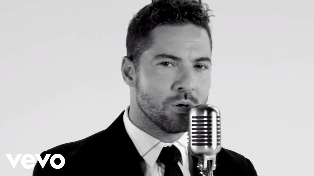 David Bisbal - Me Enamoré De Ti (Lyric Video)