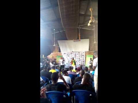 KAPORAL WISDOM en live au lancement de son album DEMAIN IL FERA BEAU 27-04-2016