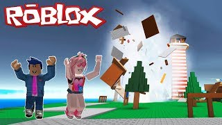 NATURAL DISASTERS IN ROBLOX🌊🌪️ WILL WE SURVIVE TSUNAMI, TORNADO AND MORE?