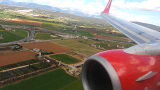 Landing in Mallorca Airberlin B737-800
