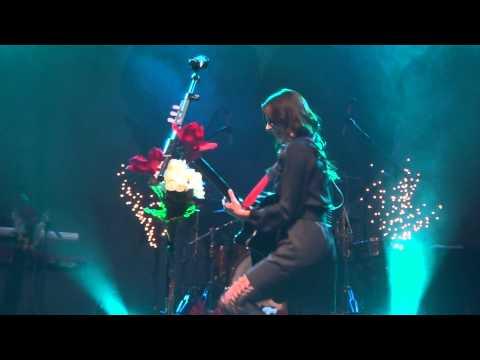 01 Christina Perri - Black & Blue - HMV Institute Birmingham 20.01.12 HD