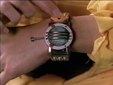 """Mighty Morphin Power Rangers - Billy creates the Communicators   Episode 2 """"High Five"""""""