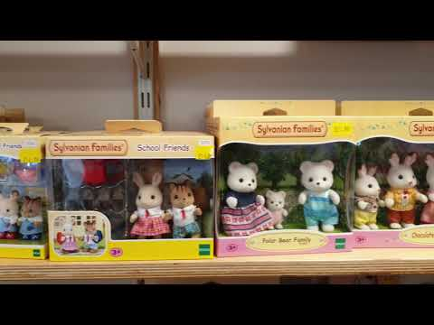 Sylvanian Families Calico Critters armed Piston Mouse Family