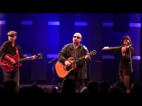 The Pixies live at World Cafe Live Philadelphia (acoustic)