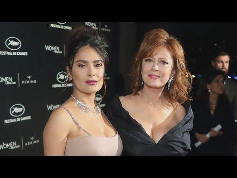 Salma Hayek and Susan Sarandon Hilariously Compare Cleavage