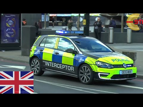 [LONDON] *RARE* Police VW Golf GTE Interceptor responding