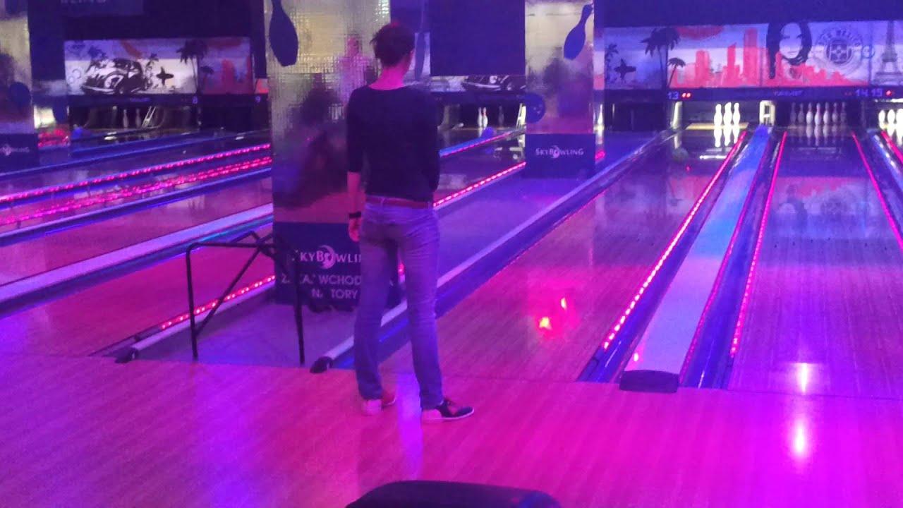 Nowość Sky Bowling - gra w 8 osób - YouTube WC68