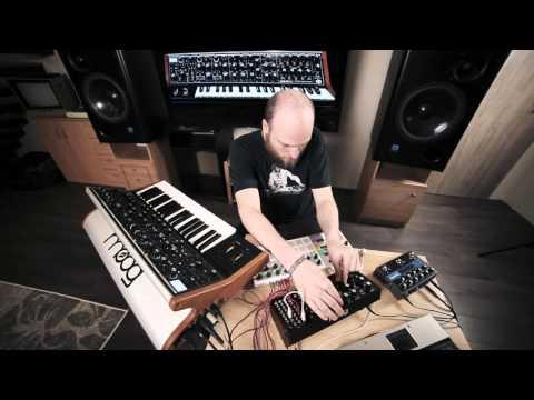Moog SUB 37 + Mother-32 : 9 Track Performance (HD)