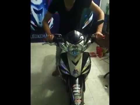độ đèn xe máy sirius + audi trước+ xi nhan luxeon+ audi sau+ logo ở giữa...