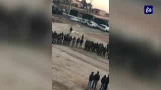 فض اعتصام عدد من سائقي مركبات السفريات الخارجية بالقرب من العمري - (14-2-2018)