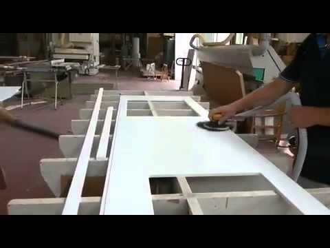 Top cucina in corian - YouTube