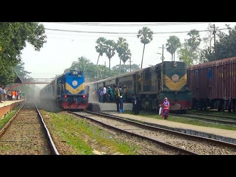 Bandhan Express Vs Maitree Express / India Bangladesh Train Service /  WDM-3A Loco with IR LHB Rake