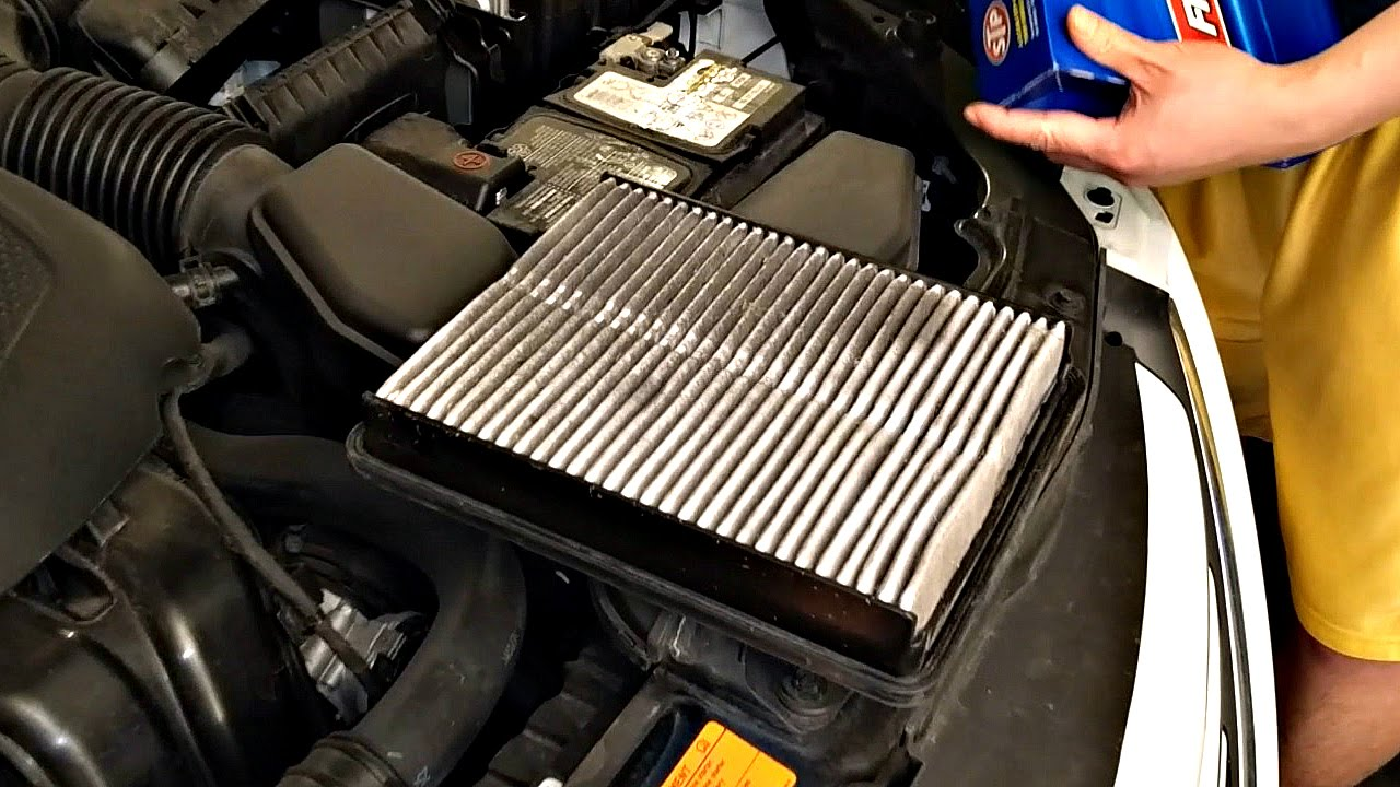 How To Change 2014 Hyundai Sonata Engine Air Filter Youtube