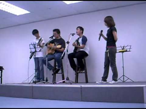 FrequenC Live Acoustic Performance #1 - 爱我别走 - Benjamin