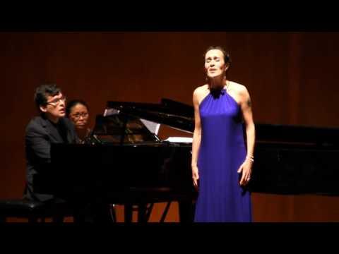 Ximena Bernal, mezzoprano - How do I love thee, Maude Valérie White
