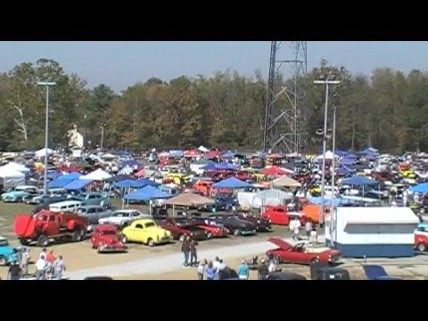 Pumpkin Run Car Show