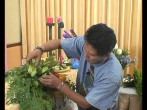 การจัดดอกไม้ด้วยผักผลไม้