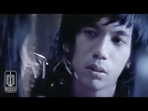 D'MASIV - Diantara Kalian (Official Music Video)