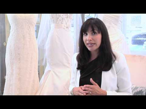 How to Store a Bridal Dress : Wedding Dresses