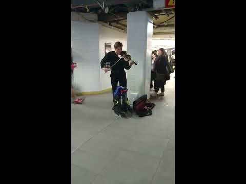 Busker playing GoT intro @ Town Hall station, Sydney