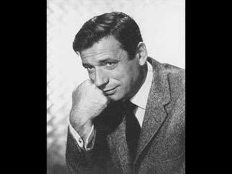 Yves Montand - Paris Canaille