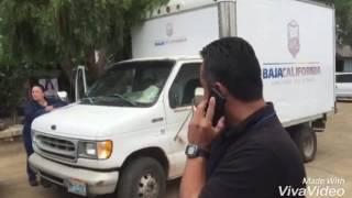 Gobierno del Estado reparte despensas en Rosarito