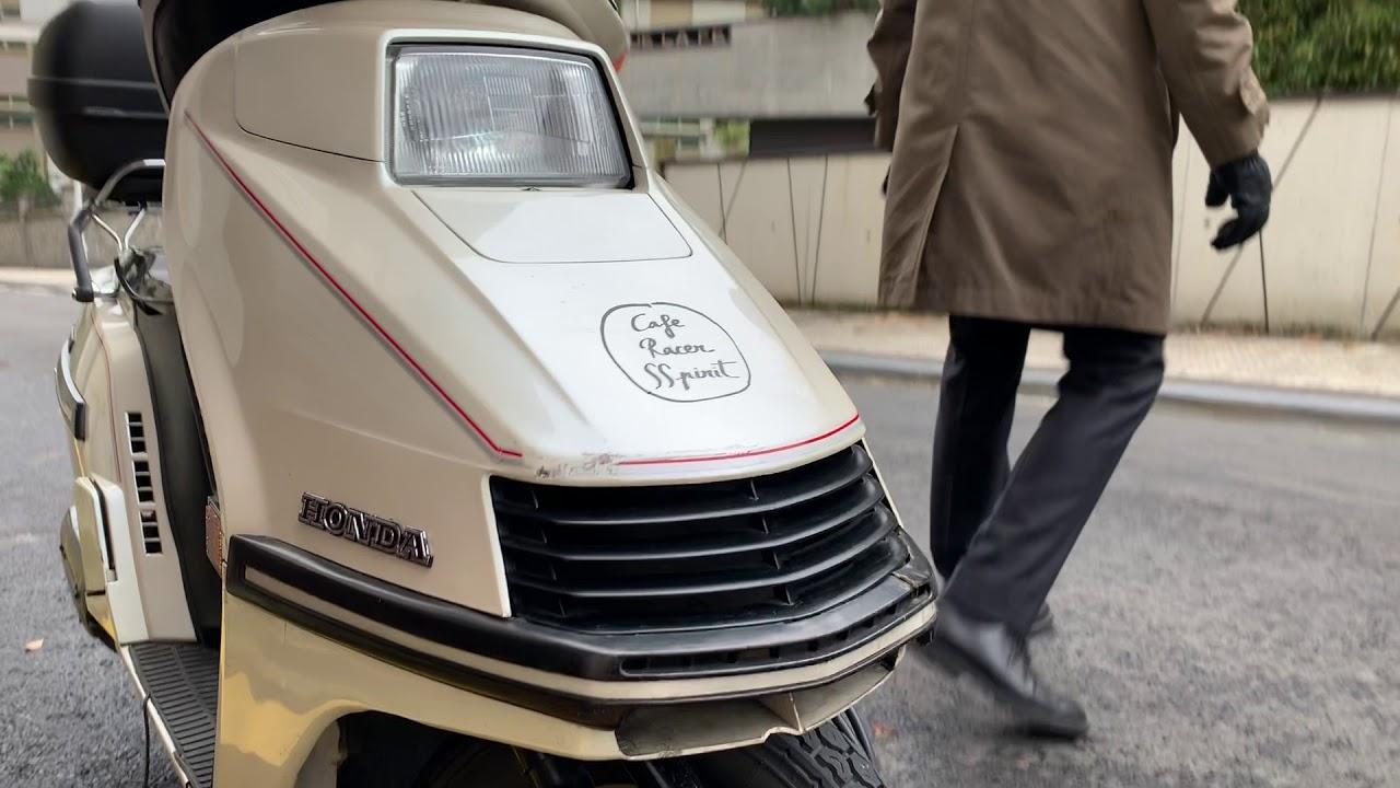 Honda ELITE 250   Arranque y Salida