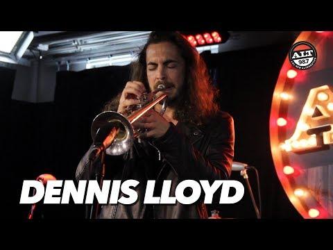 Dennis Lloyd Performs 'Analyzing' & 'Nevermind' Live