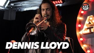 Dennis Lloyd Performs 'Analyzing' & 'Nevermind' Live Video