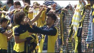Fenerbahçeli futbolcular, Topuk Yaylası'nda taraftarlarla bir araya geldi