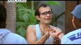 khurshed lawyer as Champak of Pyaare Mohan.wmv