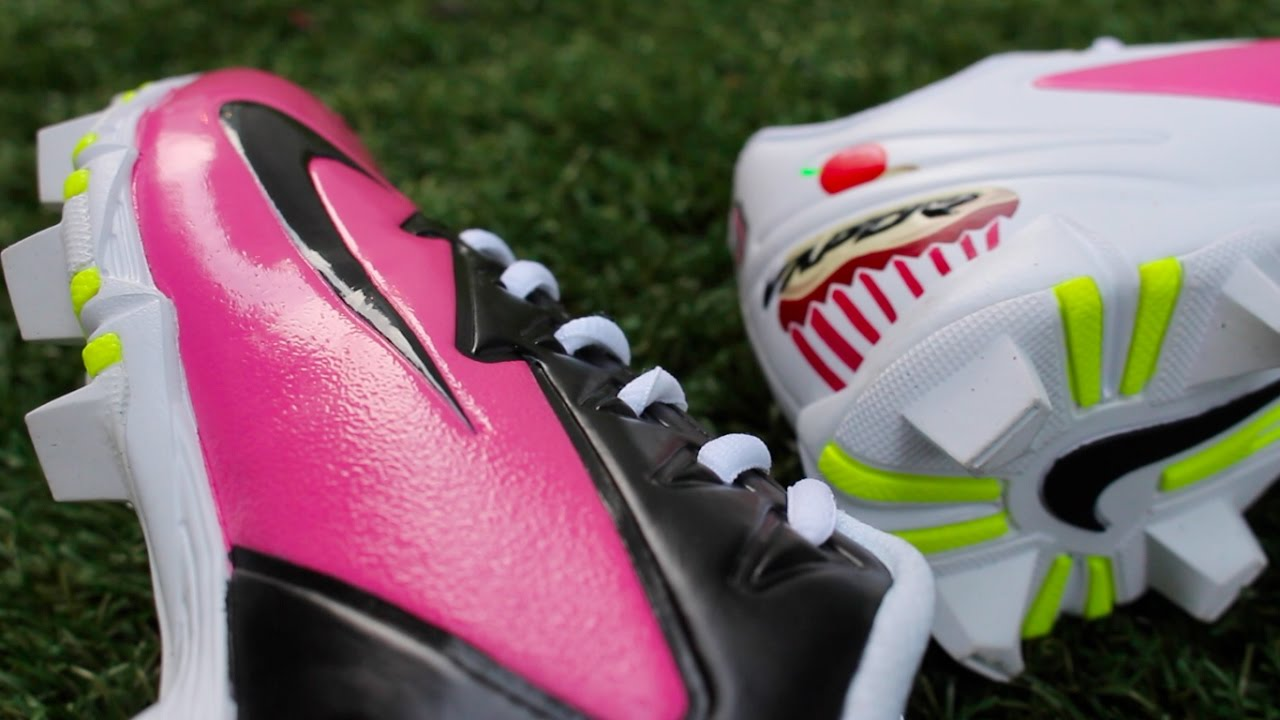 255892af9c0 Custom Nike Softball Cleats - YouTube